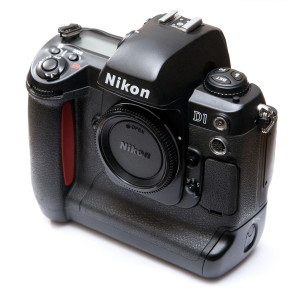Nikon_D1_8373